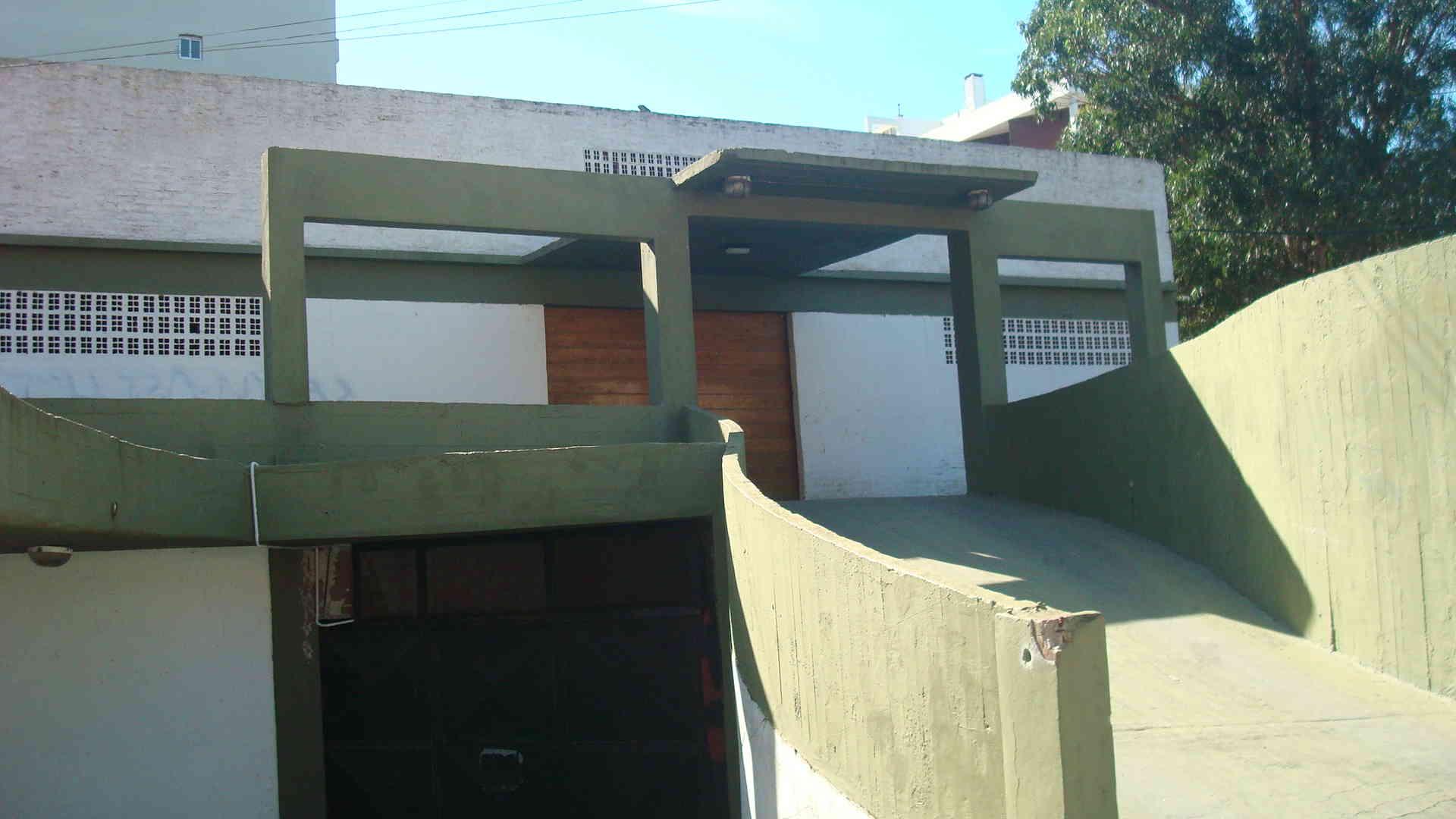 ID 115-San Bernardo, venta de Cochera Cerrada, San Juan 2200
